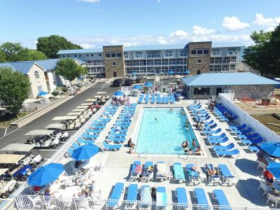Put-in-Bay Poolview Condos